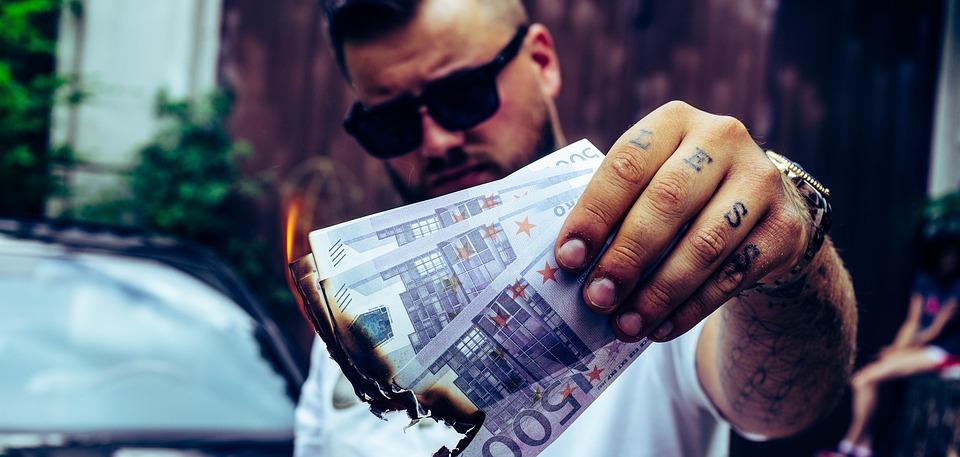 hořící eura
