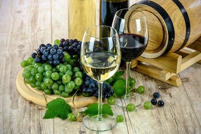 dva druhy vína